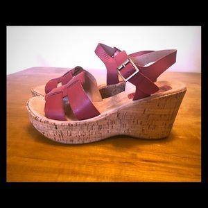 Korks by Kork ease. Red leather/cork wedge sandals